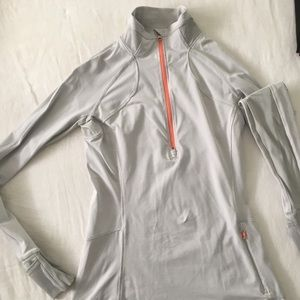 Lululemon running pullover- like new!